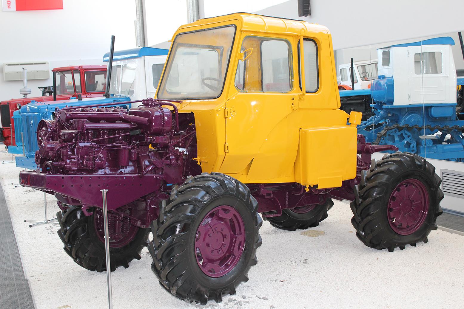 Современные тракторы - сравнение, виды, характеристики